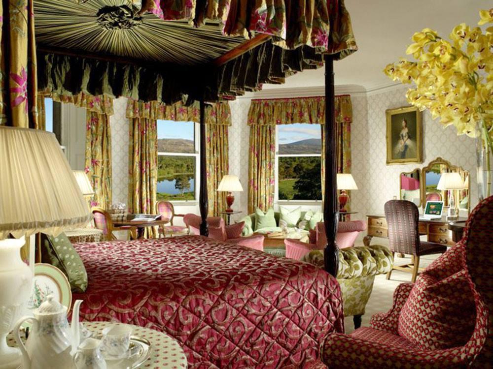 Escorted Scotland Castle Tour - Inverlochy Castle, Scotland