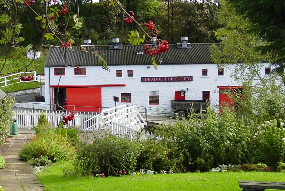 Scotland Group Tours - Edradour Distillery