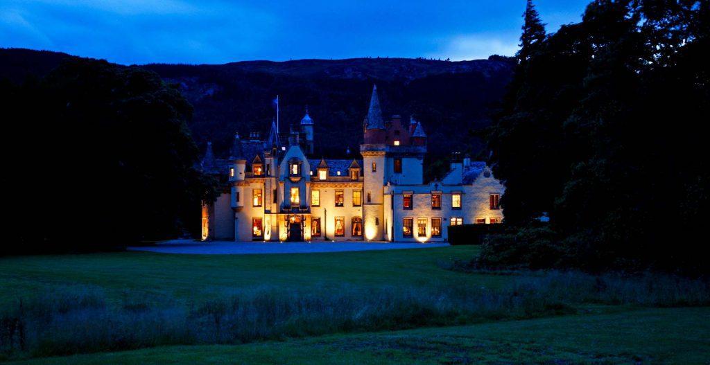 Exclusive Castle Rental Scotland - Aldourie Castle, Loch Ness, Scotland