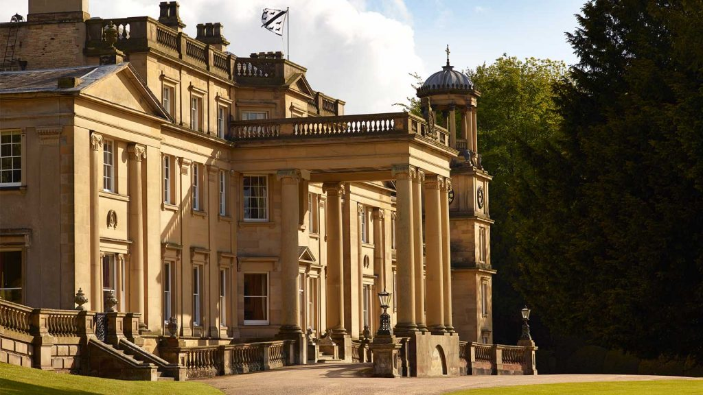 Exclusive Castle Rental England, Broughton Hall